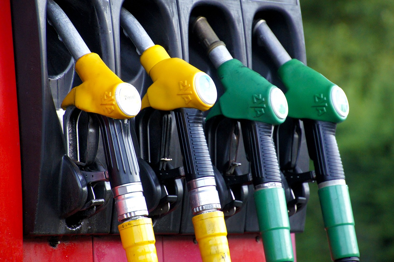 The Difference between Leaded, Unleaded, Diesel, and Bio-Diesel Fuel